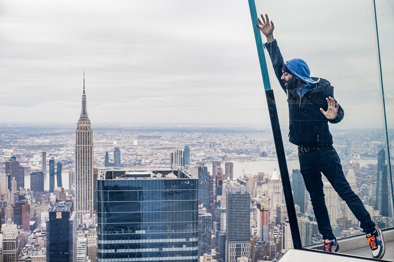 The Edge in New York - @JulyPI via Twenty20