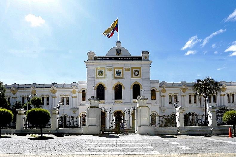 Quito - Bild von Ministerio Defensa auf Pixabay