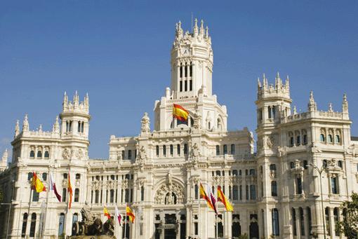 Madrid punktet bei Besuchern mit prachtvollen Bauwerken. © muhaa - photdune