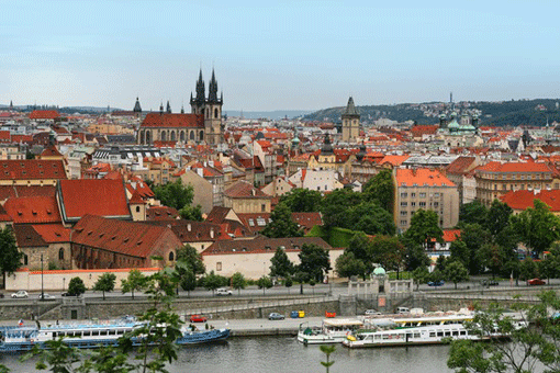 Geführte Stadttour durch Prag mit Schifffahrt auf der Moldau